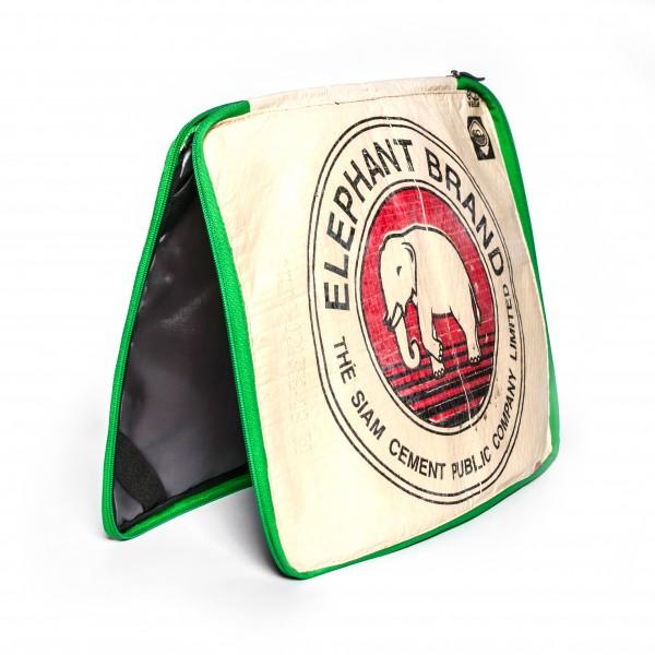 Recyclingtasche 15' Laptop Sleeve Red mit grünem Verschluss